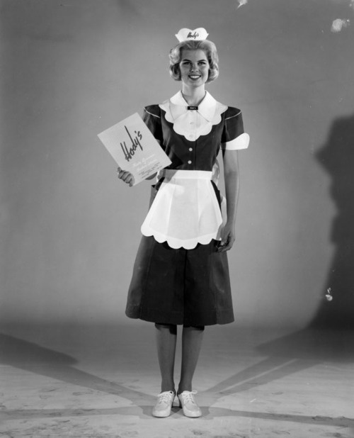 Waitress from Hody's Restaurant in Los Angeles, CA - 1962: Money, Restaurant Models, Restaurant Uniforms, Hodi Restaurant, California, The Angel, Waitressjpg 405512, Angel Vi, 1962 Uniforms