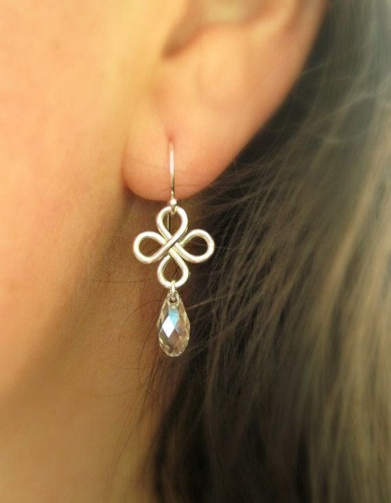 Hey, I found this really awesome Etsy listing at https://www.etsy.com/listing/192161153/silver-dangle-earrings-crystal-drop