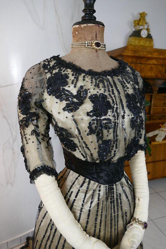 antike vintage kleidung