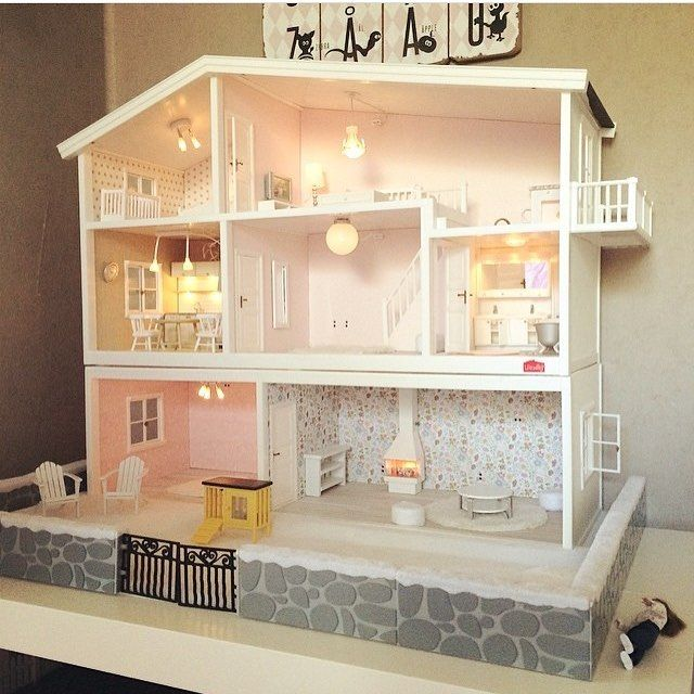 @made_by_malin op Instagram: 'Barnens renoverade dockskåp #lundby