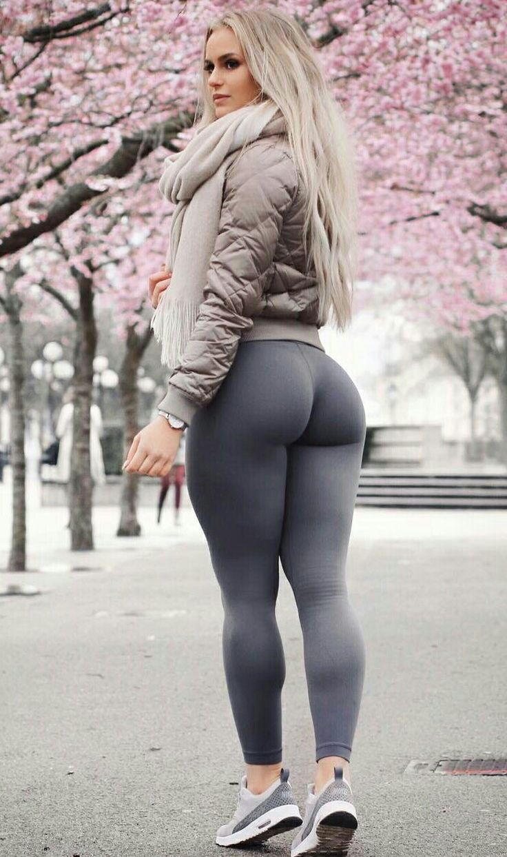 Pin By Tony Sptty On Hot Girls In Leggings  Pinterest  Yoga Pants, Anna And School -9306