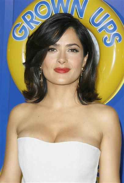 Salma Hayek | Celebrity Photos | Wonderwall if I looked like this with short hair, I would cut it !