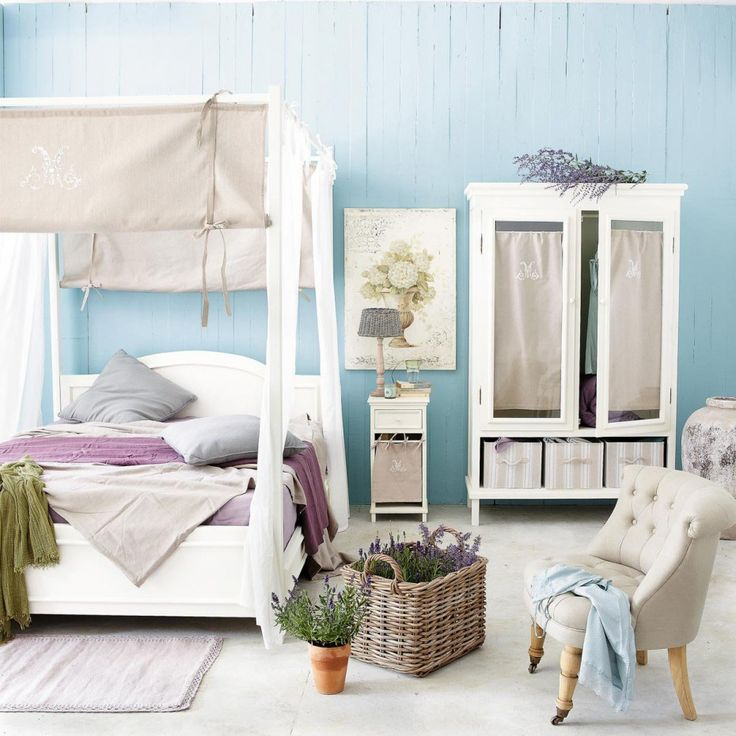 The Outstanding Bedrooms Idea; Born In Various Canopy Beds Design : A Canopy Bedroom That Fit For A Couple. A Cotton In White Curtain Over The Bed A Big Fire Place Painted With White Colour A Thick Feather Brown Bed Cover