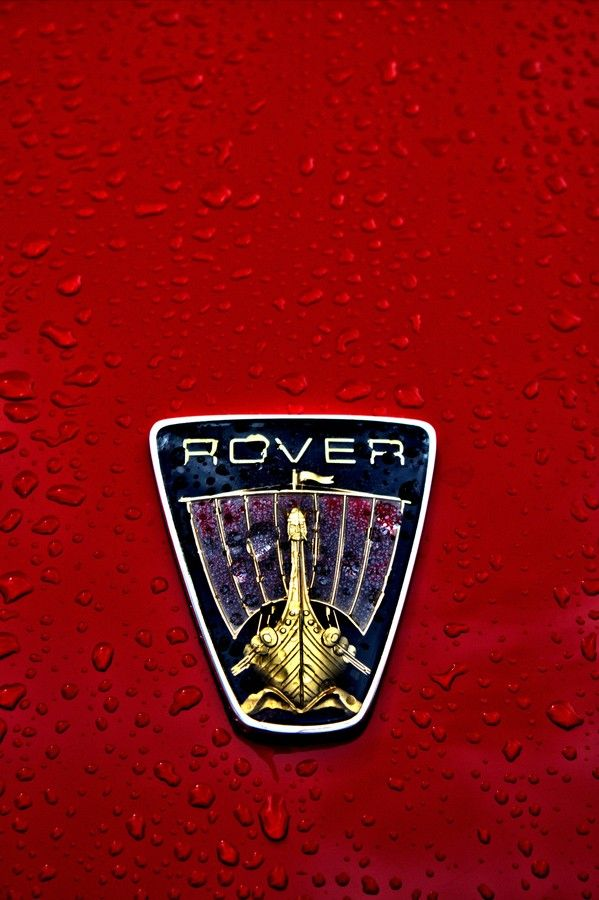 Rover 3500 badge.