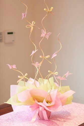 Centro de mesa com borboletinhas | Macetes de Mãe