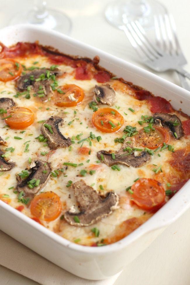 Low-carb cauliflower pizza - Amuse Your Bouche
