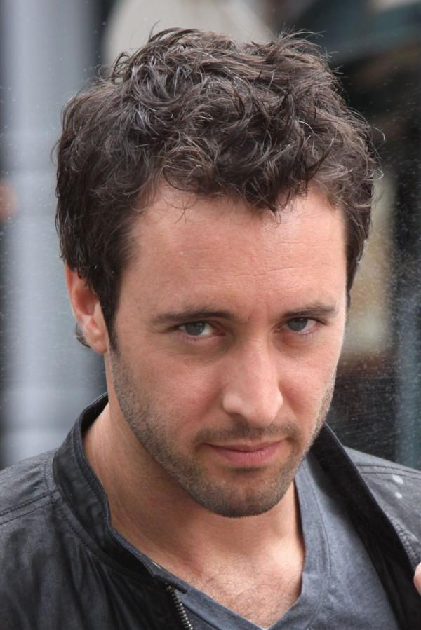 Alex OLoughlin