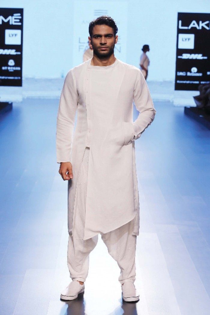 Shop White kurta with white trousers at Vesimi