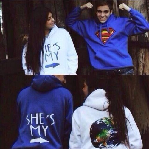 Couples shirts ♥ so cute.                                                                                                                                                      Más