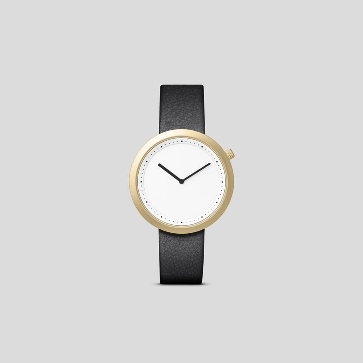 MATTE GOLDEN STEEL ON BLACK ITALIAN LEATHER   Clean, classic and contemporary, Facette pays homage to the iconic, circular watch shape while incorporating distinct, forward-thinking design details.