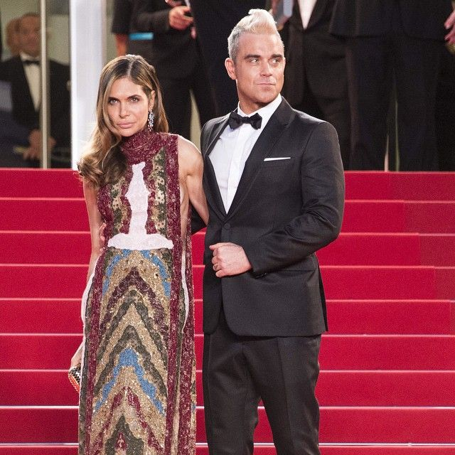 @robbiewilliams representing the men on the #redcarpet at #Cannes wearing a a Valentino tuxedo with Ayda Field in #FallWinter1516 #robbiewilliams