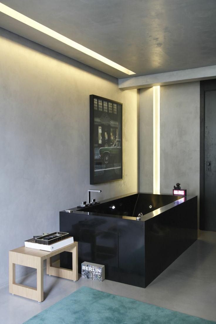 badezimmer in schwarz rechteckige badewanne glanz grau trkis - Badezimmer Turkis Grau