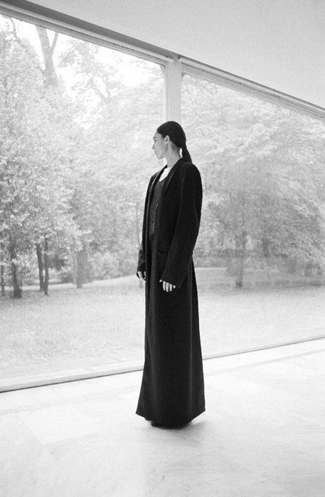 THE METHOD  UNIVRS Overcoat by Stefano Lo Muzio Fall/Winter 2013-14  STYLING | Nicola Baratto PHOTOGRAPHY | SCANDEBERGS HAIR | Marco Steri MODELS | Catlin Dudar, Marija Dichevska