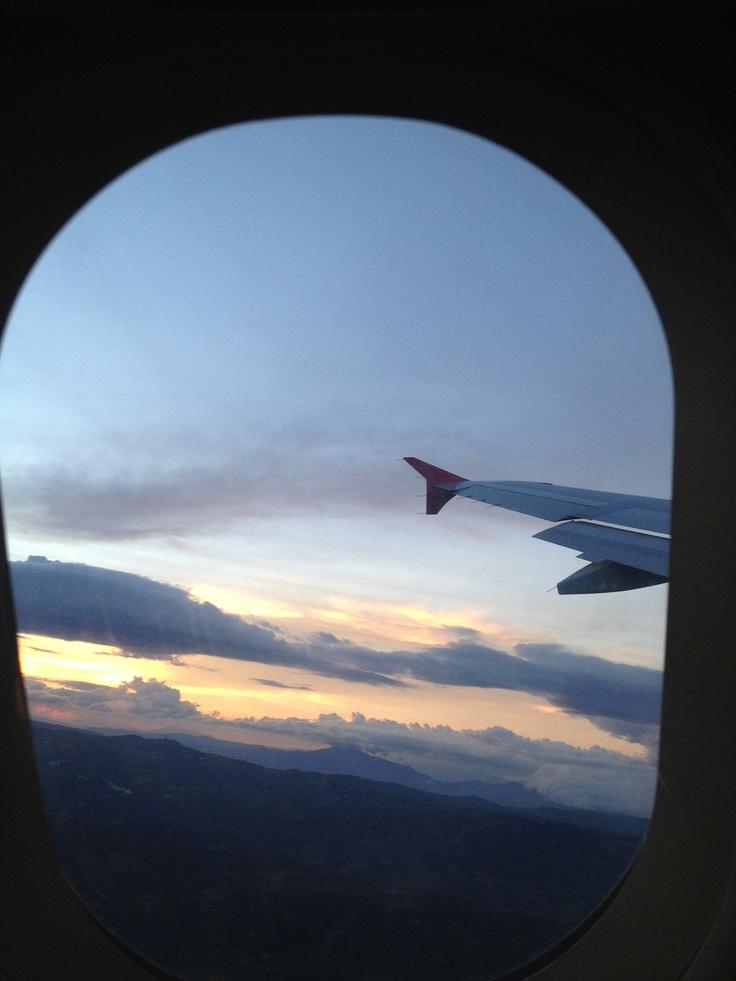 Nada como mirar por la ventana durante el vuelo