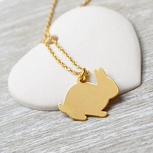 Bransoletka złota z królikiem. Zobacz na Laoni.pl: https://laoni.pl/zlota-bransoletka-z-krolikiem #królik #prezent #bransoletka #biżuteria #złota
