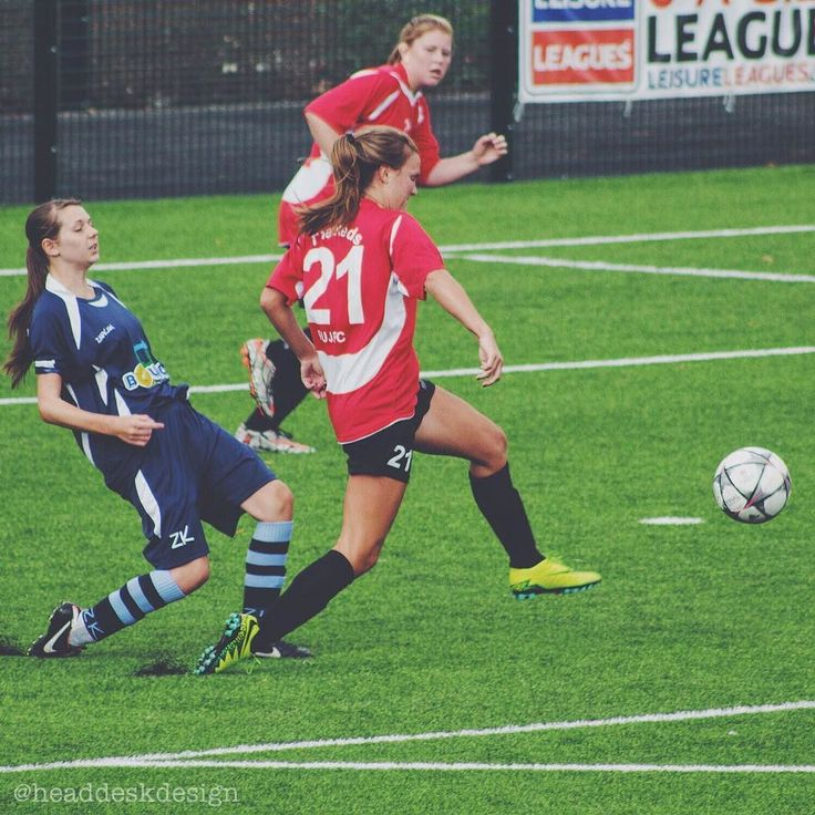 Congratulations to Redditch Ladies FC for their first win of the season yesterday they smashed it 3-1 against Solihull United  . . . #redditchunited #redditch #womensfootball #thisgirlkicks #bromsgrove #internationalfootballer #football #redditchfc #redditchladies #internship #canon #intern #canonphoto #canonphotography #graphicdesignintern #photography #sportsphotography #photographer #lifeofadesigner #lifeofaphotographer #solihull #solihullunited #solihullfc #solihullladies