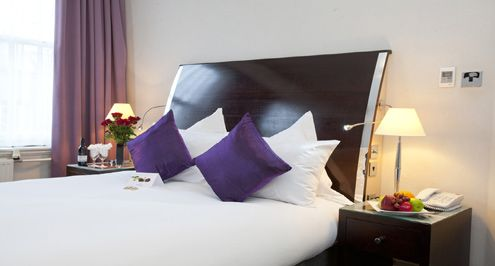 London bed and breakfasts, bargain London city hotels and London cheap hostel apartment accommodation are some of the preferred accommodation options travellers go for when on holidays in London city. #londonbedandbreakfast #londonbargainhotels #londoncheaphostels