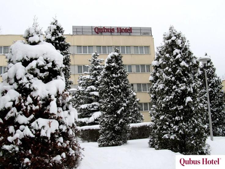 Qubus Hotel Wałbrzych in winter