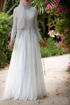 clothing fashions, muslim womens clothing, special occasion jilbabs,  abaya, islamic clothes for women, hijab clothing store, wedding abayas USA