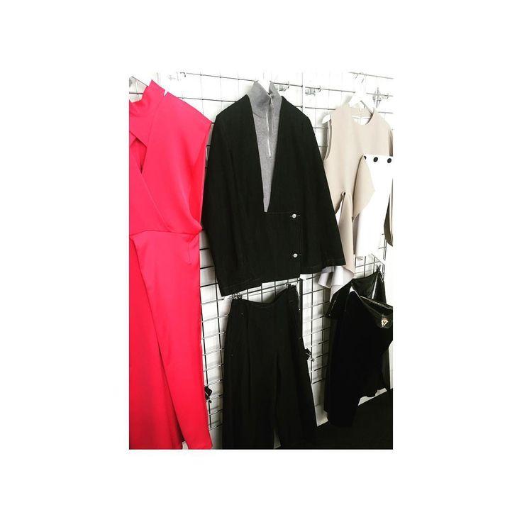 Sneak peak 👀 #asos #asoswhite #fashion #AW17 #fblogger #ootd #ootn