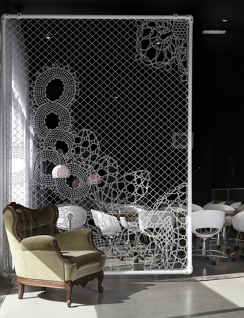 Lace Fence by Demakersvan - visualingual.wordpress.com