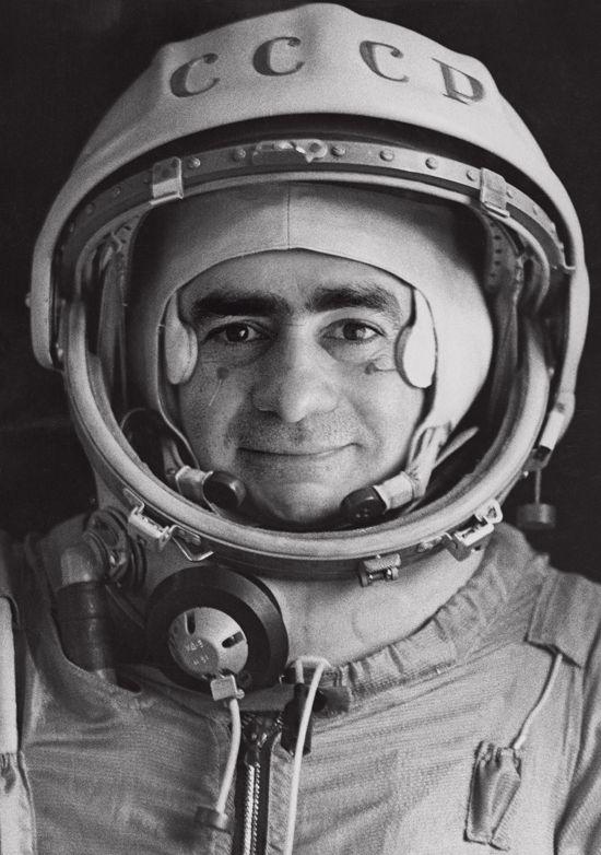 Joan Fontcuberta Sputnik, 1997  Exhibitor : espaivisor – Visor Galley
