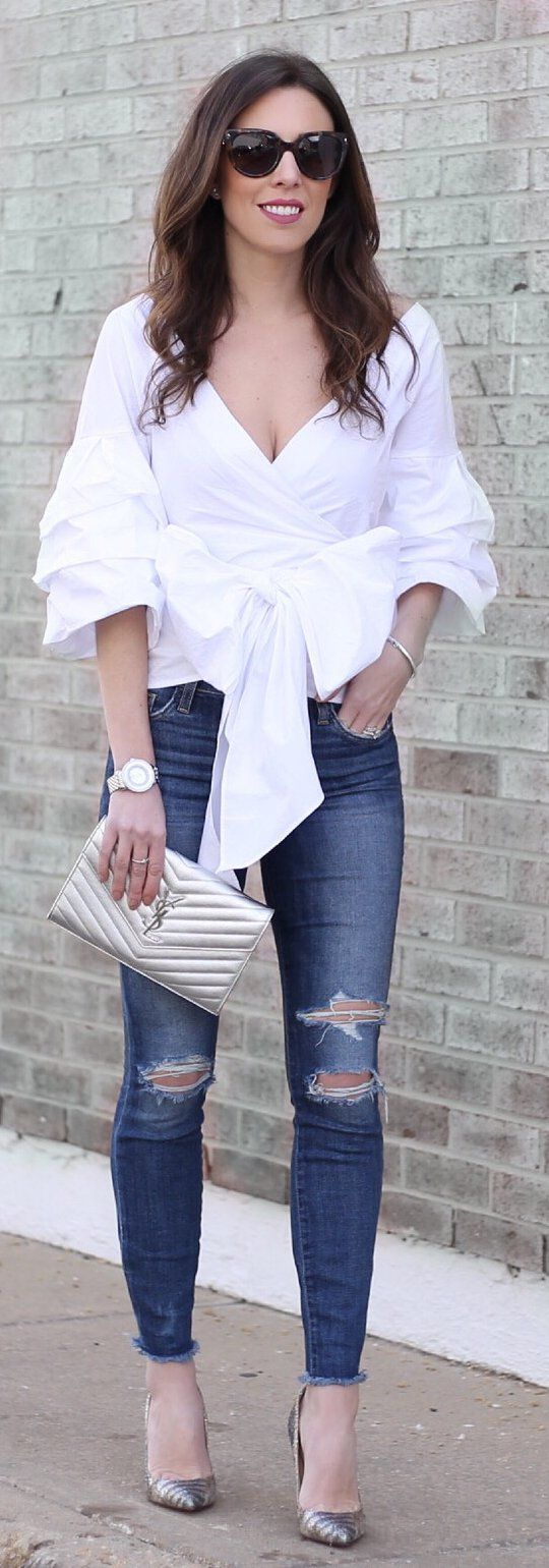 White Blouse / Ripped Skinny Jeans / Grey Pumps