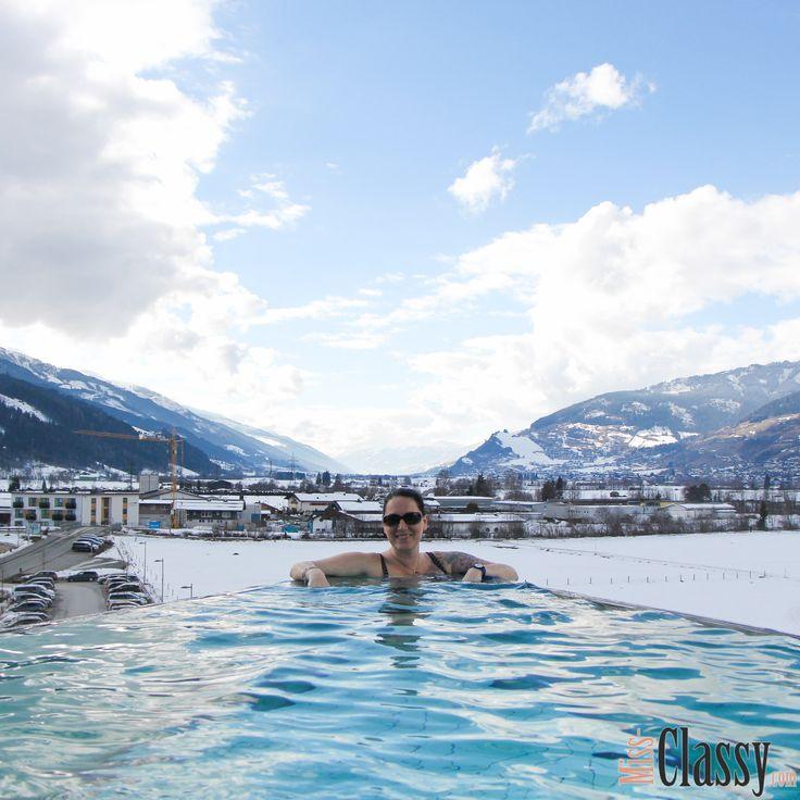 Letztes Wochenende haben wir im @tauernspa Kaprun relaxed. Den Bericht gibt's heute am Blog.  Wünsche euch noch einen entspannten Sonntag.  _______________________________  Zum Blogpost geht's hier:  http://www.miss-classy.com/travel-relax-tagesurlaub-de-luxe-tauern-spa-kaprun/  _______________________________  #missclassy #classy #beclassy #travelblog #travelblogger #lifestyle #austria #steiermark #graz #igersgraz #igersaustria #tauernspa #tauernspakaprun #tauernspaexpedition  #saunawelt…