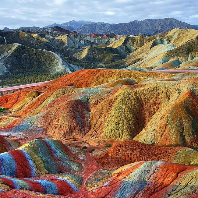 China's rainbow mountains are REAL (no photoshop) and they're spectacular!