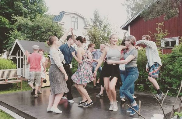 Garden swing party #ritzlindyhoppers