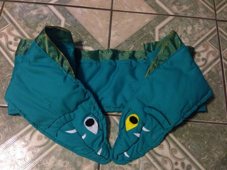 Flotsam and Jetsam shawl/wrap from The Little Mermaid Disney Villain