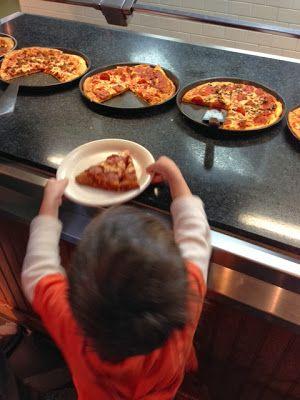 Trendy Family Fun at GattiTown in Frisco, TX ~ Trendy Mom Reviews  #DFW #Restaurants  #Pizza