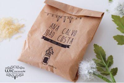 Saquinhos de arroz personalizados . Estacionário do casamento  Wedding stationery