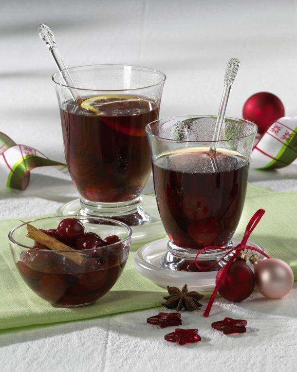 Unser beliebtes Rezept für Kirsch-Glühwein und mehr als 55.000 weitere kostenlose Rezepte auf LECKER.de.