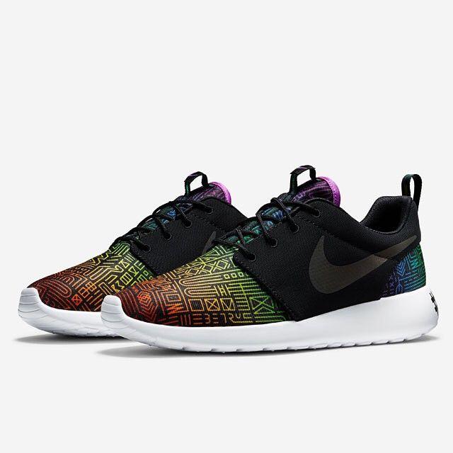 ce67180d77b8e Instagram post by Sneaker News • Jun 3, 2015 at 10:52pm UTC. Shop Women's  Nike Black size Athletic Shoes ...