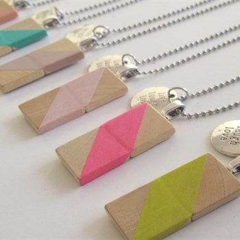 Ketting hout  'Live Laugh Love' - Made by MA Jolie