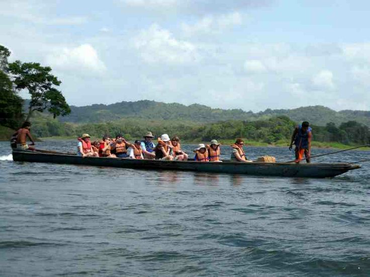 The Chagres River and the Embera people http://travelexperiencesofalifetime.com/experiencia/chagres_national_park_tour_panama/