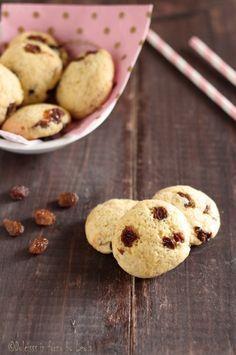 Biscotti all'uvetta o gocce di cioccolato