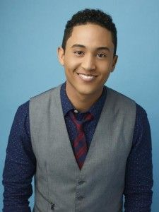 TAHJ MOWRY! He's Tucker from Baby Daddy, Teddy from Full House, AND Wade from Kim Possible! And he's a Mowry! I feel like I grew up with this guy and just now figured it out!