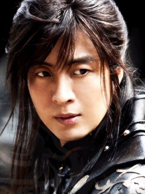 Bae Yong Joon in The Legend