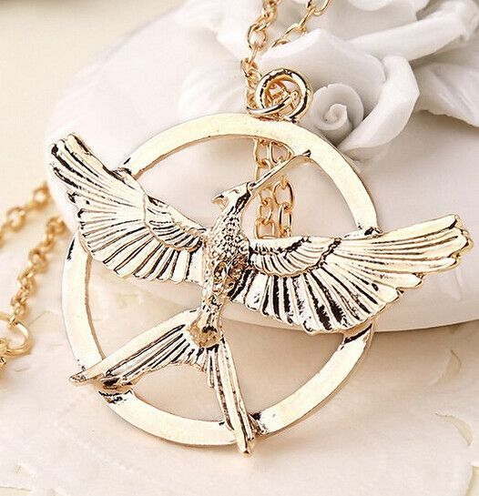Material:Crystal Metals Type:Zinc Alloy Shape\pattern:Animal Necklace Type:Pendant Necklaces Chain Type:Link Chain Style:Classic Length:50cm Pendant Size:5*3.8cm Please allow 2-3 weeks for the product
