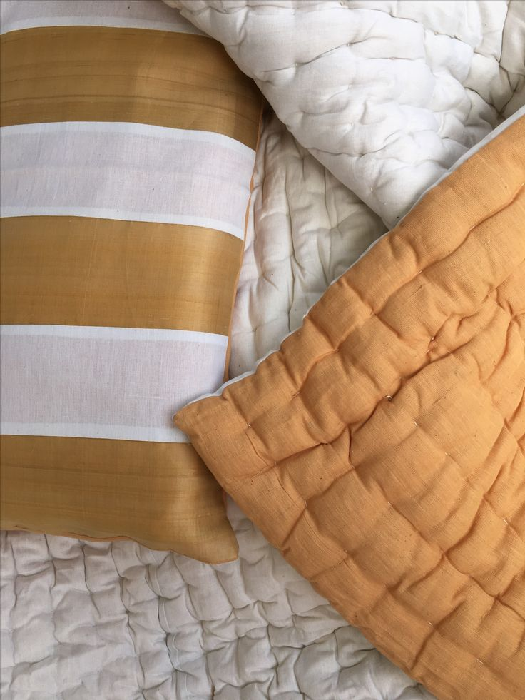 #Handwoven pure #cotton #blanket in #mustard and #white filled with raw cotton. Accompanied by two pillow covers, this bedding set is an eye catcher.