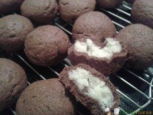 biscotti al cioccolato con cuore al cocco