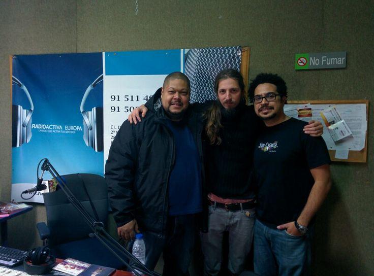 En radio europa activa Madrid... Promo de nuestro disco Yo Quiero Una Bicicleta Intergalactica