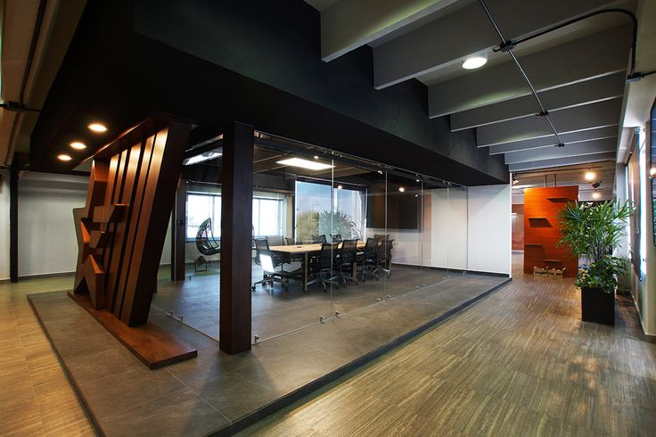 Oficinas ER | Dionne Arquitectos | #office #center #boardroom #furniture #lighting #planter #wood #interior #design