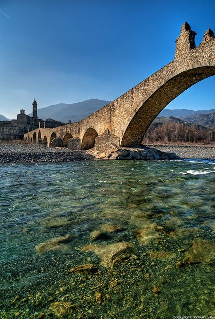 Old Bridge ( Ponte Vecchio, Devil's Bridge ), Trebbia river, Bobbio, Italy