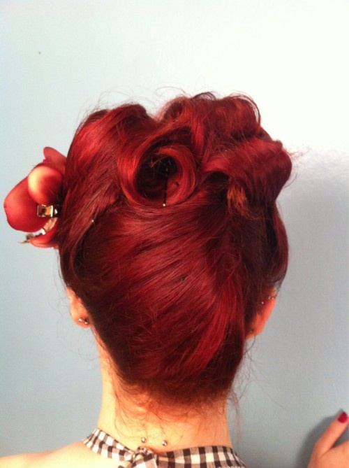 Pin curl up do red hair