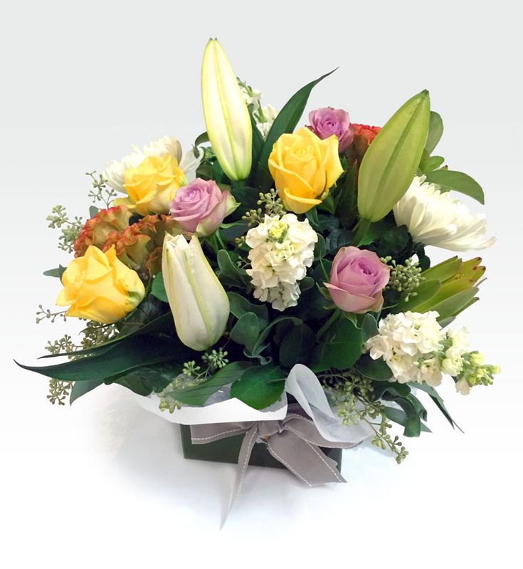 #Pastel_Lavish - Lavish box arrangement consisting of lush seasonal blooms in pastel colour tones. Perfect design for easy transport and maintenance. Available in large and medium size. Fast  delivery in #perth at affordable price. https://goo.gl/lGfj5f