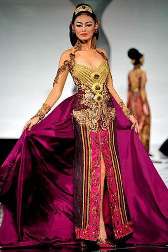 Anne Avantie Kebaya Collection