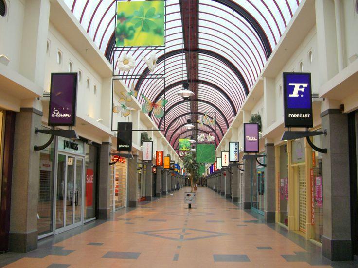 Hellevoetsluis - winkelcentrum De Struytse Hoek